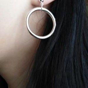 Round Earrings (Silver)